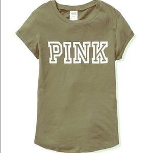vs pink tee